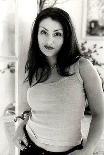 Roxanna Bina