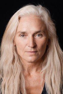 Olwen Fouere