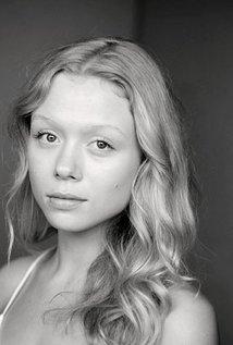 Naomi Battrick
