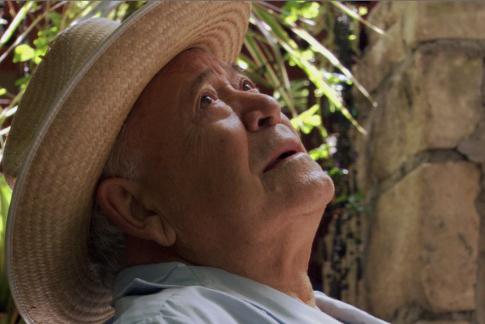 Chalo González