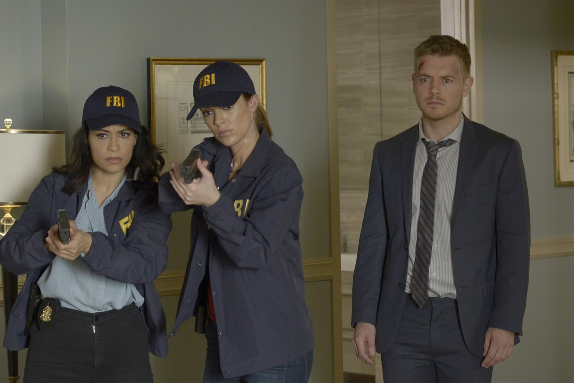 Quantico - Season 1 Episode 11: Inside