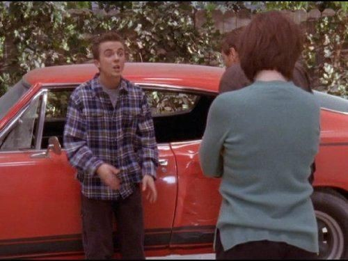 Malcolm in The Middle - Season 6 Episode 09: Malcolm's Car