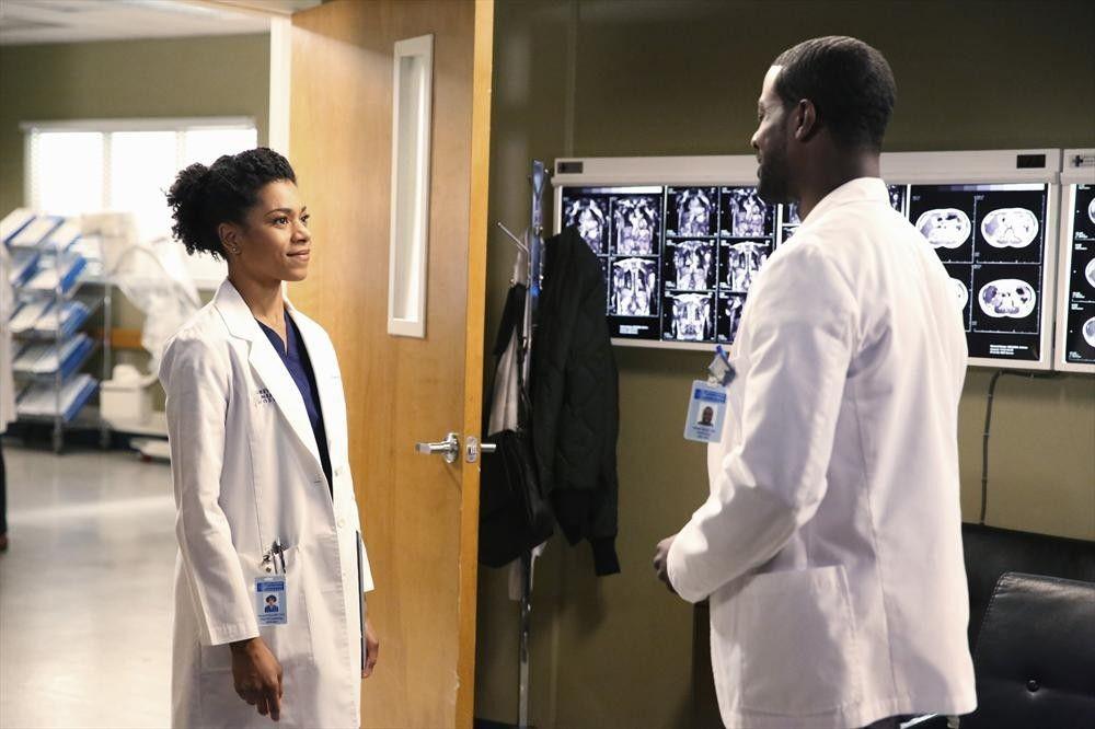 Greys Anatomy - Season 11 Episode 15: I Feel the Earth Move