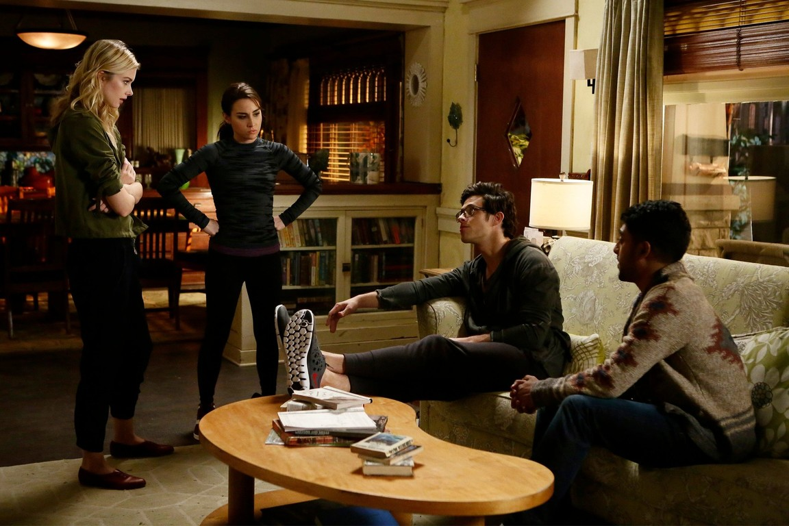 Stitchers - Season 2 Episode 05: Midnight Stitchers