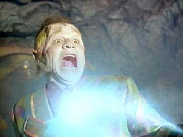 Star Trek: Voyager - Season 1 Episode 05: Phage
