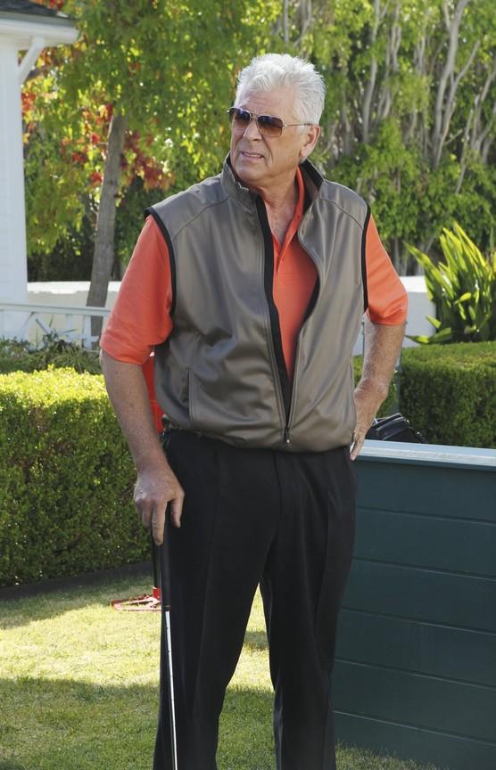 Cougar Town - Season 2 Episode 05: Keeping Me Alive