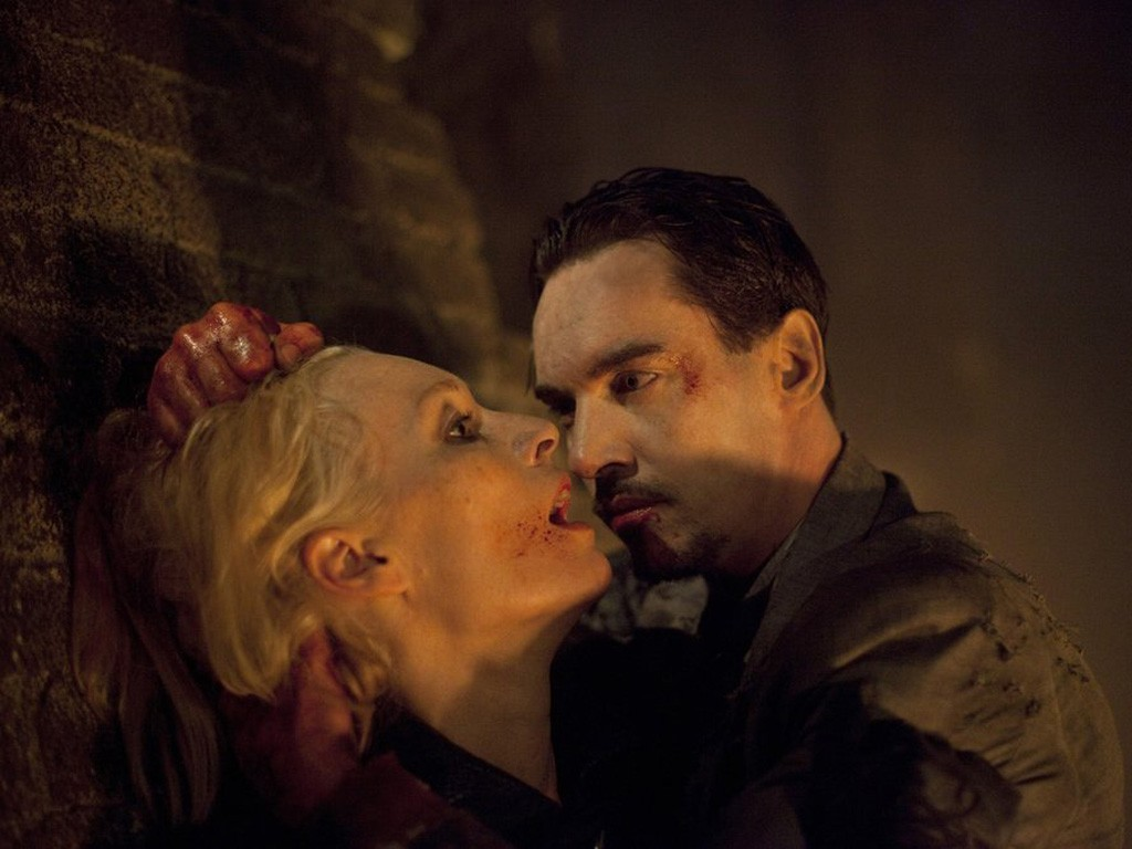 Dracula - Season 1 Episode 10: Let There Be Light
