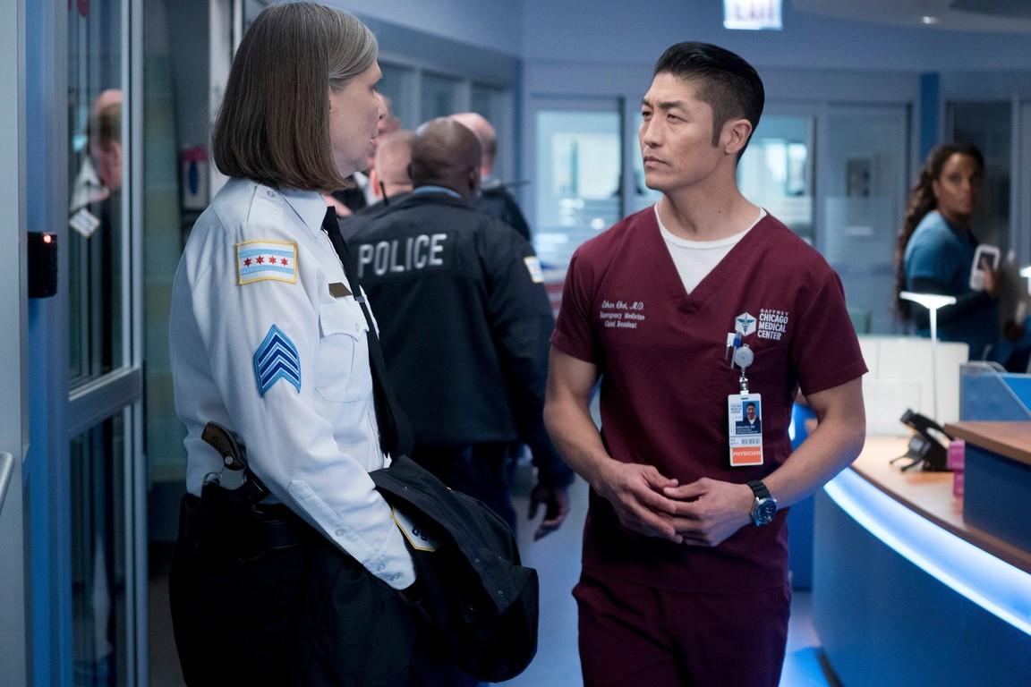 Chicago Med - Season 2 Episode 10: Heart Matters