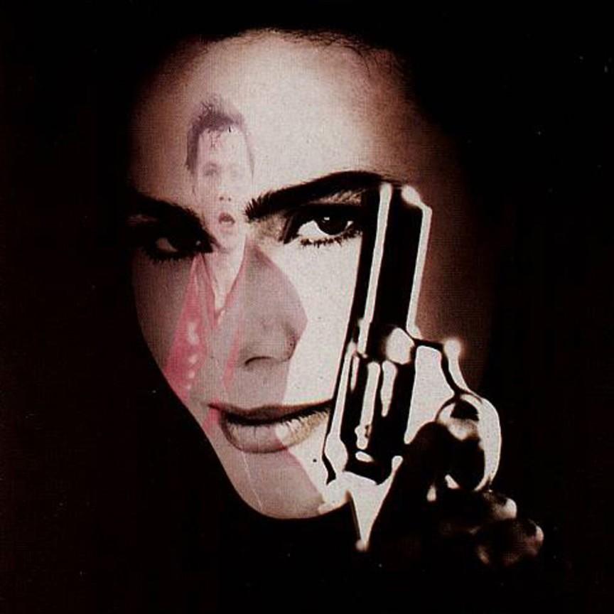 Romeo Is Bleeding (1993)