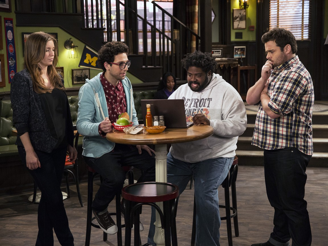 Undateable - Season 1 Episode 07: The Move