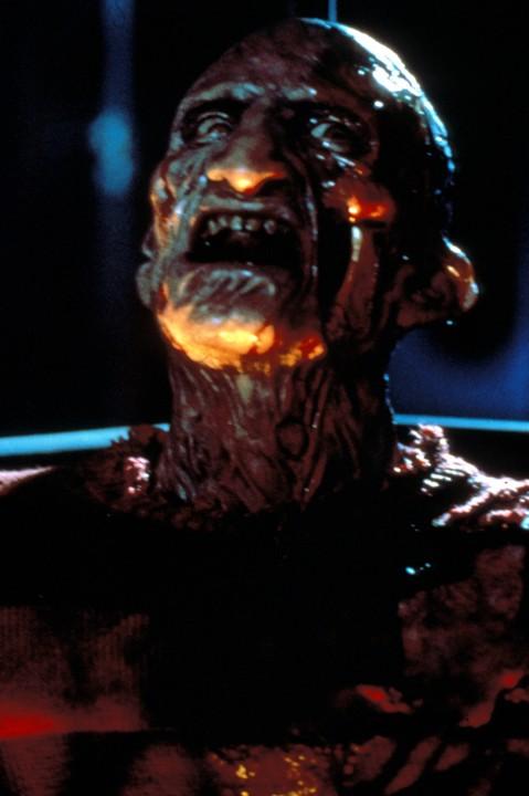 A Nightmare On Elm Street 2: Freddys Revenge (1985)