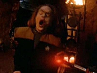 Star Trek: Voyager - Season 4 Episode 03: Day of Honor